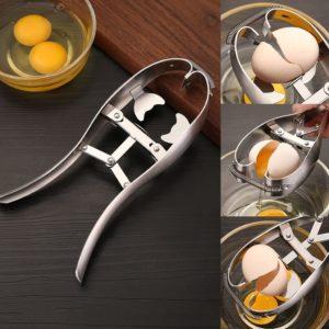 Cracking eggs
